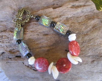 abalone and coral bracelet, colourful puka shell bracelet, tropical bracelet, shell bracelet with dragonfly clasp, made in Hawaii