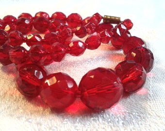 Vintage Red Faceted Glass Bead Necklace.