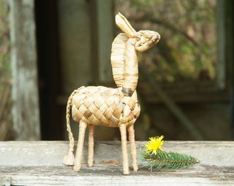 Straw Horse, Hand Woven, Vintage Animal Figurine, Cute Pony, Collectible Figurine