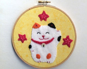 Lucky Cat Felt Wall Art in Embroidery Hoop