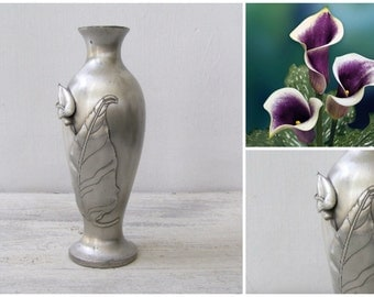 Vintage Pewter Vase, Silver Tall Table Vase, Sculptural Lily Calla Vase, Modernist Table Decor, Newlywed Gift, Vanity Desk Decoration
