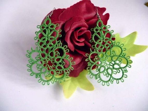 "Tatting earrings "" Green apple"" -  Handcrafted jewelry green - gift  for her -  party cocktail - OOAK"