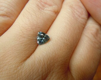 Genuine Montana Sapphire Trillion cut 1.00 carat Blue and Yellow Loose Gemstone for Jewelry