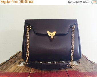 Saks Fifth Avenue / 60s Purse / Fall Trends / Jackie Kennedy / Prim and Proper / Mad Men / Brown Leather Purse