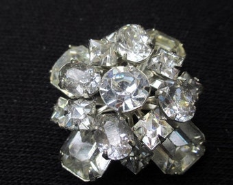 FALL SALE 20% Off Vintage or Antique Glass Rhinestone Brooch