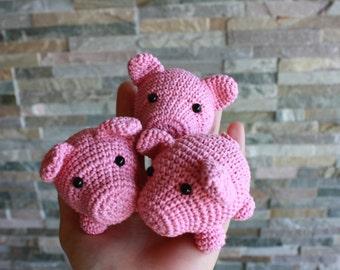 PATTERN: Little Pig Crochet Pattern - Crochet Amigurumi PDF Tutorial -Digital Download- Printable- In English
