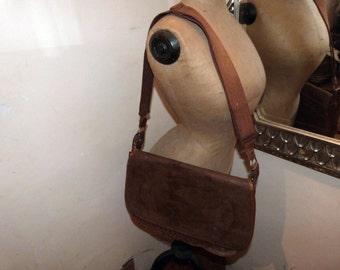 Antique hunting bag leather saddle bag French cross body bag, genuine leather w net filet pocket for game, shoulder strap, gift for hunter