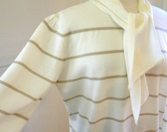 Cute and Geeky Secretary Sweater / 1980s Bow Sweater / Striped Pullover / Cream Tan Tunic Oversized Sweater / Acrylic LARGE