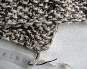 ORGANIC: hand knitted hemp & wool blanket / throw, melange (choco and off white)