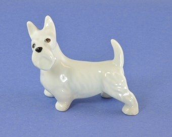 Vintage Figurine Highland Terrier - W R Midwinter Ltd Burslem England - Dog Ceramic Figurine - Pottery Dog Knick Knack - Gift for Dog Lover