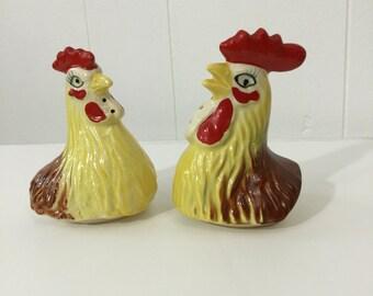 Rooster Chicken Vintage Salt and Pepper Shaker Set Head Bust Japan