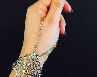 Filigree slave bracelet,Chain Bracelet Silver color, Slave Chain ,Hand Harness