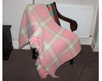 Vintage welsh wool waffle blanket. Derw mill. Single Weslh wool honeycomb blanket