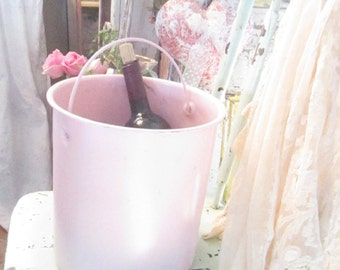 Enamel vintage pink  shabby chic  farmhouse bucket shabby decor