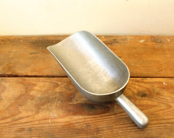 Rustic Antique Metal Grain Scoop Galvanized General Store Feed Scoop #3