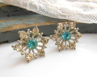 Vintage Signed Nemo Aqua Turquoise Blue Clear Rhinestone Flower Screw Earrings