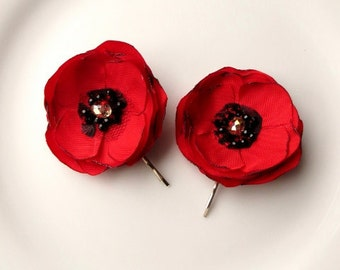 2 Silk Poppies Fabric Poppy Red Hair Accessories, Red Flower Hair Clips, Poppy Bridesmaid Hair Pins Bridesmaid, Black & Red Flower for Hair