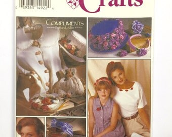 UNCUT Simplicity 8807 Wire Ribbon Flowers, Accessories Sewing Pattern