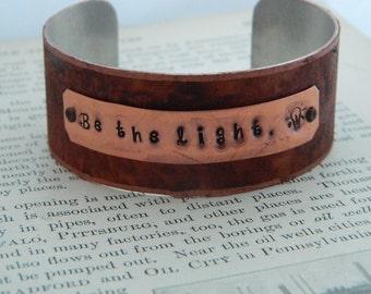 Inspirational bracelet Be the Light motivational