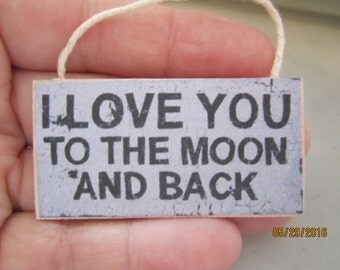 Sign I Love You To The Moon And Back     Free Shipping