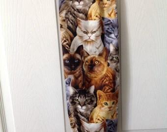 Sassy cats print plastic bag holder