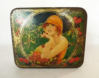 """French Vintage Tin...Art Deco...Advertising Tin...Biscuit Tin....Chocolate Tin...9"""" x 8"""" x 2.3/4"""""""