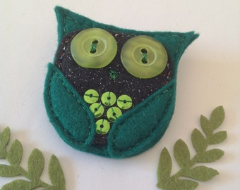 Felt Owl Brooch - Disco Owl