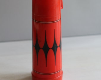 Red and black harlequin Aladdin thermos