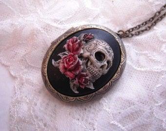 SKULL skulls Roses Cameo LOCKET Hand Painted GRATEFUL Dead