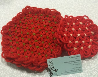 Set of 2 Vintage Red Hand Crochet doil, pot holder for christmas, holiday, handbags, pillows, home decor MarlenesAttic