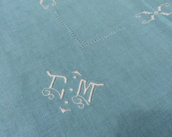 Beautiful hand embroidered vintage table cloth - Eau de Nil
