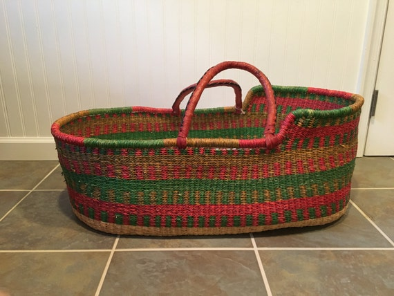 How To Weave A Moses Basket : Handwoven baby moses basket bassinet with custom pad and