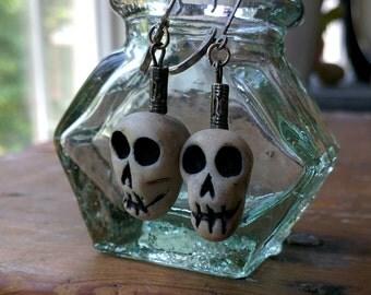 Skull Earrings - Memento Mori, Samhain, Halloween, All Hallow's Eve - Polymer Clay