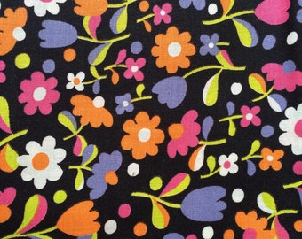 Cotton Fabric / Vintage Floral Cotton Fabric 38 Wide