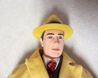 Dick Tracy Doll with Tag, Yellow Trench Coat and Fedora 1990 Applause