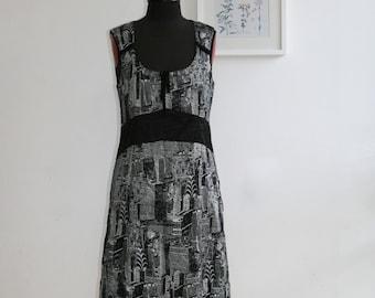 SALE / Vintge 90s  black with white elegant dress/ sleeveless summer dress/ Midi dress