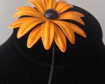 70's Flower Power Metal Pin /Black-Eye Susan Metal Flower Pin / 70's Vintage Costume Jewelry