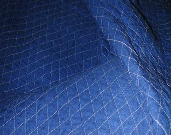 No. 400 Quilted Silk Basketweave Patterned Fabric