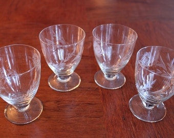 Vintage Sherry Glasses Set Of 4 Hand-Etched Crystal Sherry Glasses, WorldWide Express Shipping, Sherry Flower Glasses