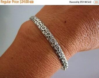 15%OFF Sterling silver Cuff bracelet-flower design-