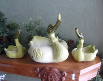 Hull Green Momma Duck and 2 Baby Planters, Hull Duck Planters