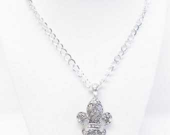 Silver Plated Fleur de Lis Pendant w/Rhinestone Necklace
