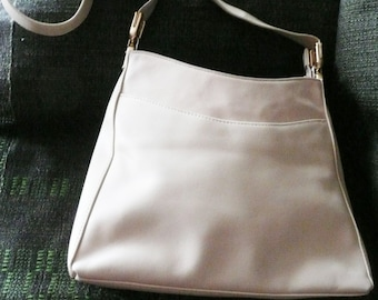 """Cream color woman's purse with ORGANIZER, has Snap and Zipper Interior Pockets, It is a """"Laura Scott"""" brand Shoulder Bag with gold accents"""