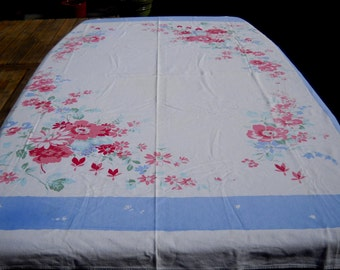Vintage Simtex Tablecloth, Wonderful Condition