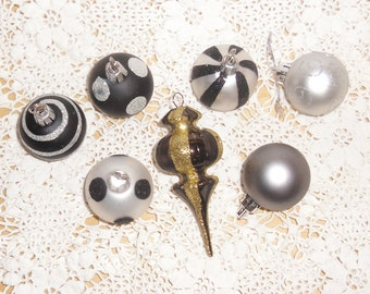 Vintage Christmas Ornaments - 7 Small Ornaments, 6 Balls in Black and Silver, 1 Finial Ornament in Royal Purple and Gold, Shatterproof