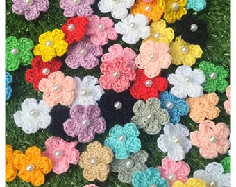 Crochet Flower : 100 pieces of crochet flower.
