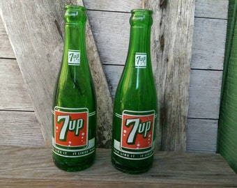 2 Vintage 7up 7 oz. Soda Pop Bottles Seven-Up You Like It It Likes You Fresh Up With 7up