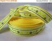 Bee cute, bee ribbon, bumble bee,  yellow bee ribbon, 7/8 inch Ribbon, summer ribbon, grosgrain ribbon, Craft supplies, RN15018