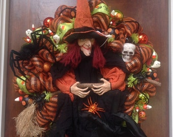 Large Talking Witch Wreath