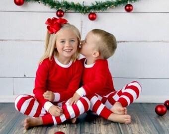 PREORDER Monogrammed Kids Christmas Pajamas / Christmas Boys Girls Pajamas / Holiday Pajamas / Matching Family Christmas PJs ~ Red Stripe